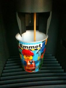 """,,LUG-a-MUG"""" na PEF aneb káva z automatu do vlastního hrnku"""