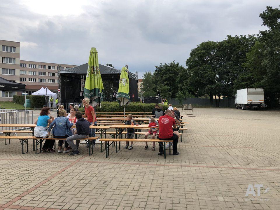 Stage vedle kolejí ČZU, Kolej EFG